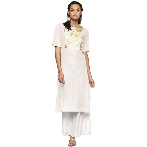 Ahalyaa - Women's Cream Colored Casual Wear Foil Printed Cotton Kurti