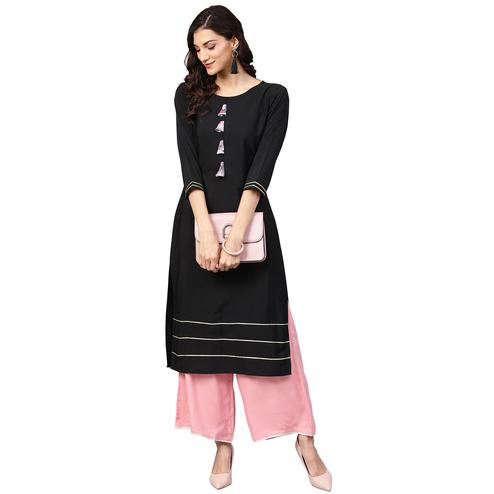 Ahalyaa - Black Colored Casual Solid Crepe-Georgette Kurti