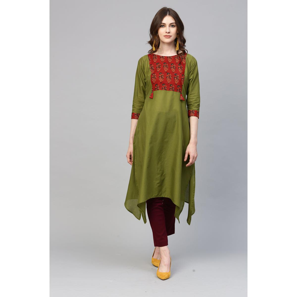 Ahalyaa - Green Colored Casual Printed Cotton Kurti