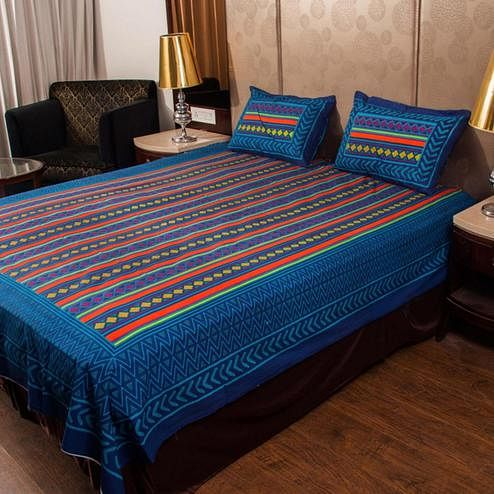 Unique Blue Colored Jaipuri Print Cotton Double Bedsheet with 2 Pillow Cover
