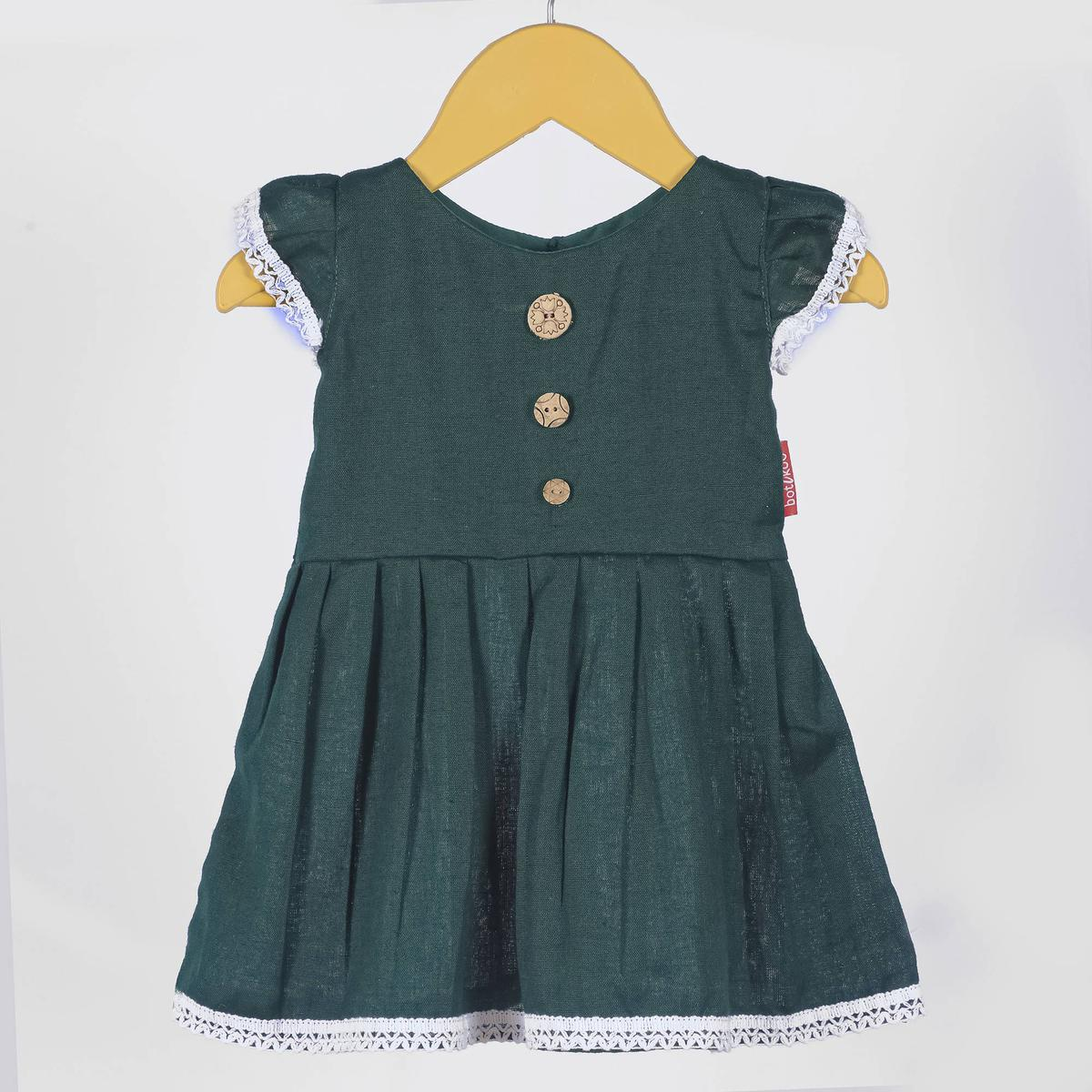 Arresting Green Colored Casual Wear Cotton Dress For Girls