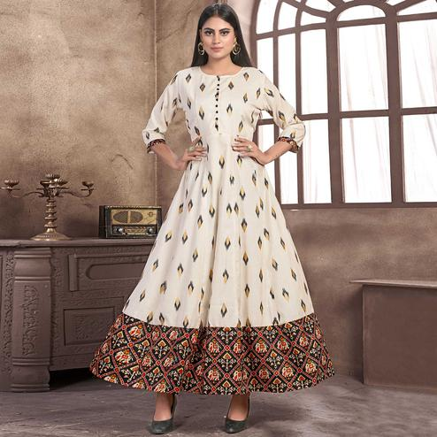 Pretty Smoke White Colored Partywear Printed Rayon Kurti