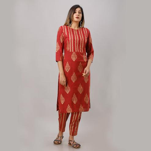 Zyla Refreshing Maroon Colored Party Wear Embellished Straight Calf Length Kurti-Pant Set