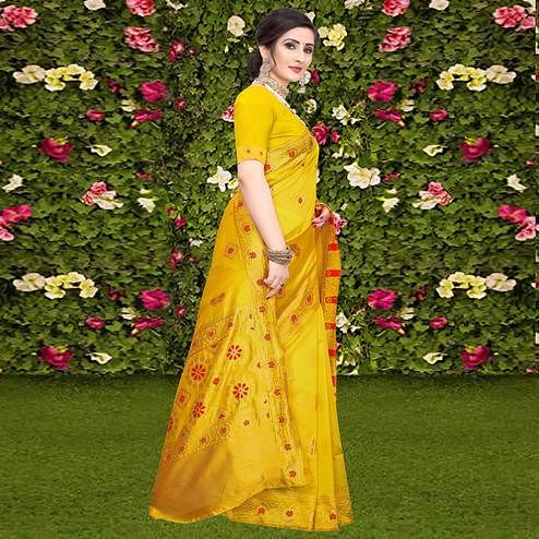 Demanding Yellow Colored Festive Wear Woven Banarasi Silk Saree
