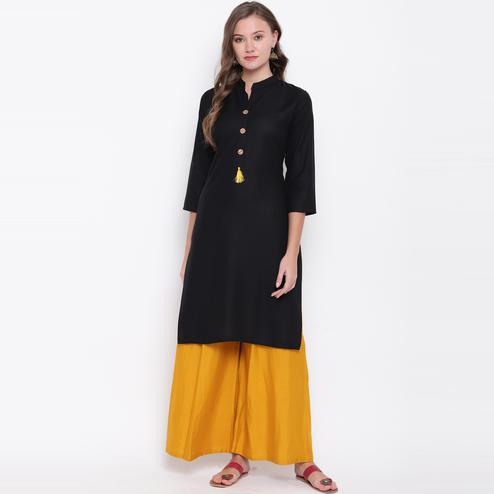 Vbuyz Women's - Black Colored Casual Solid Straight Rayon Kurti