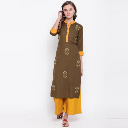 Vbuyz Women's - Brown Colored Casual Embroidered Rayon Straight Kurti