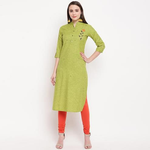 Vbuyz Women's - Parrot Green Colored Casual Embellished/Solid Rayon Straight Kurti