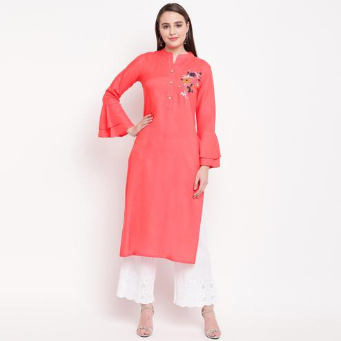 Vbuyz Women's - Peach Colored Casual Embroidered/Solid Rayon Straight Kurti