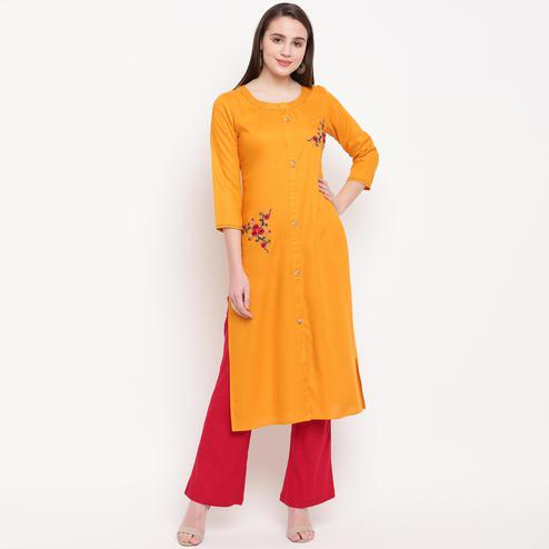 Vbuyz Women's - Yellow Colored Casual Embroidered/Solid Rayon Straight Kurti