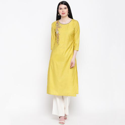Vbuyz Women's - Yellow Colored Casual Embroidered/Hand Work Chanderi Silk Straight Kurti