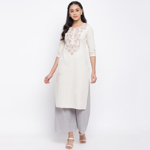 Vbuyz Women's - Off White Colored Casual Embroidered Cotton Straight Kurti