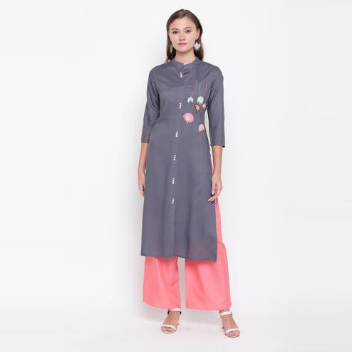 Vbuyz Women's - Grey Colored Casual Embroidered/Solid Rayon Straight Kurti Palazzo Set