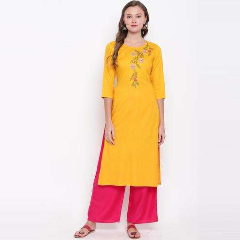 Vbuyz Women's - Yellow Colored Casual Embroidered/Solid Rayon Straight Kurti Palazzo Set