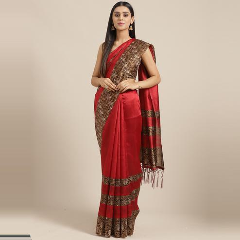 Dazzling Red Colored Casual Wear Printed Lichi Silk Saree