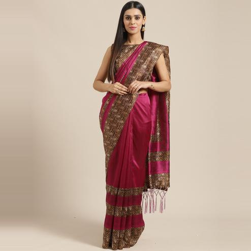 Surpassing Magenta Colored Casual Wear Printed Lichi Silk Saree