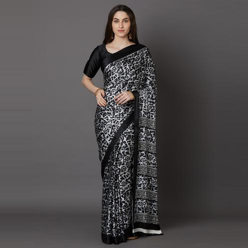 Flamboyant Black Colored Festive Wear Printed Crepe Saree