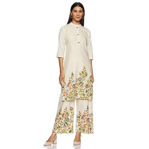Fantastic Off White Colored Casual Wear Printed Straight Cotton Flex Kurti