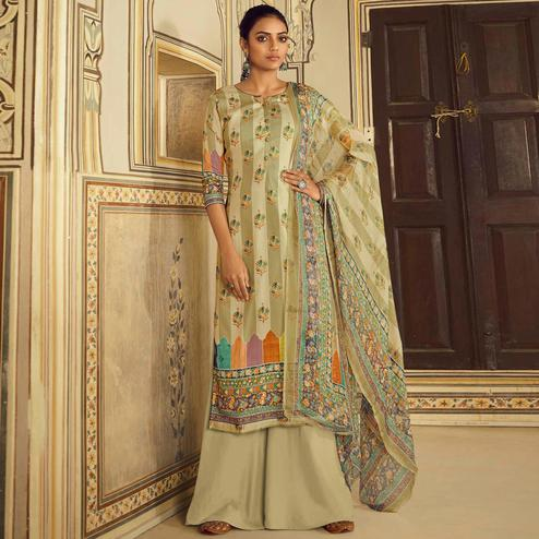 Stylee Lifestyle - Green Colored Casual Digital Printed Cotton Dress Material