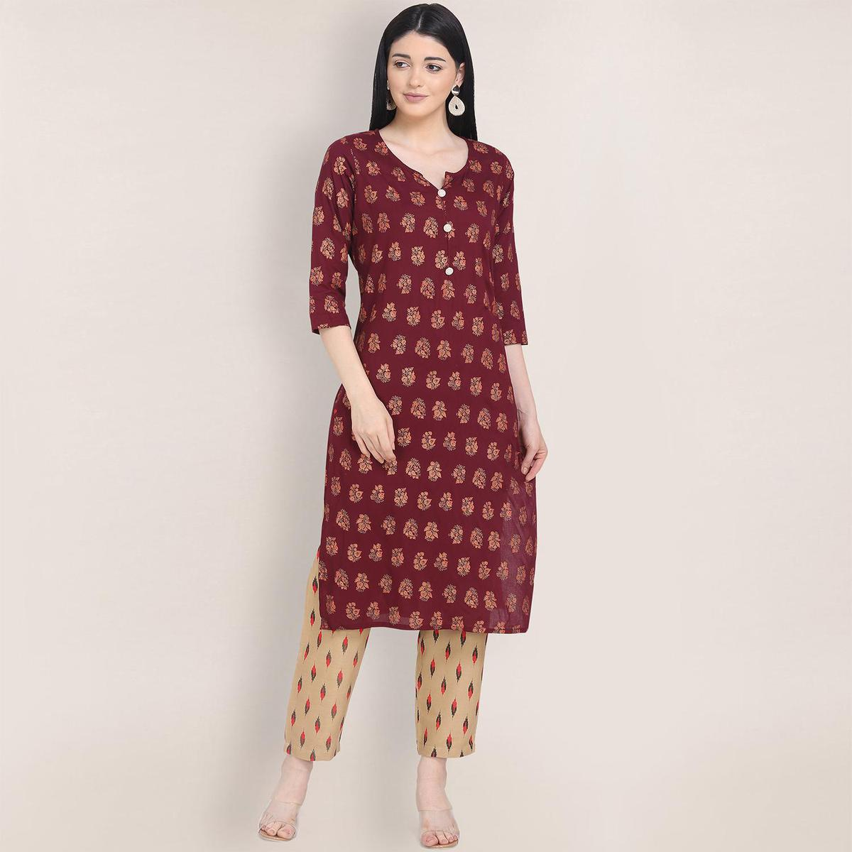 Unique Maroon Colored Casual Wear Printed Straight Calf Length Rayon Kurti-Pant Set