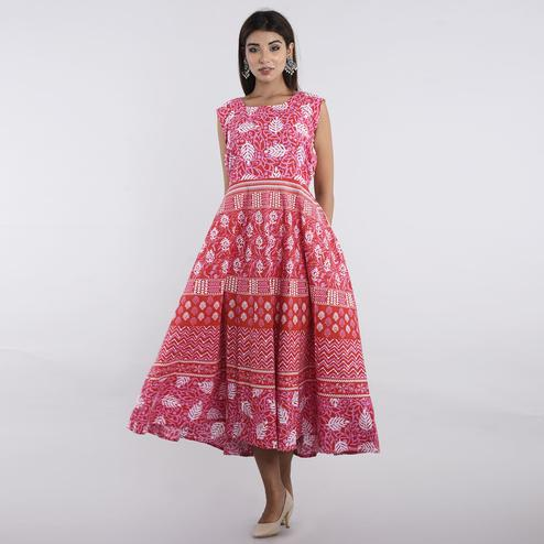 Pooja Fashion - Pink Colored Casual Wear Printed Cotton Kurti