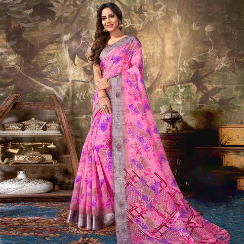 Capricious Pink Colored Casual Wear Floral Printed Cotton Saree