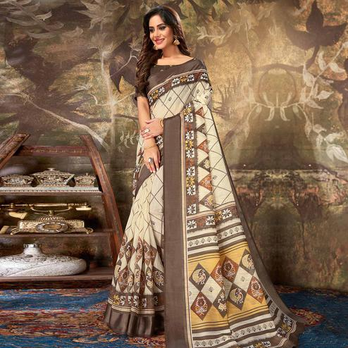 Groovy Cream Colored Casual Wear Geometric Printed Cotton Saree