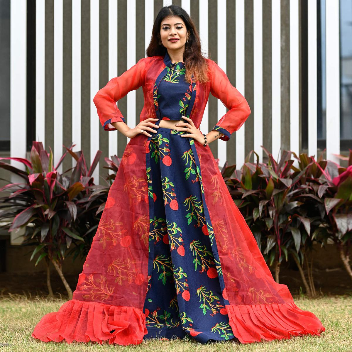 Imposing Navy Blue - Red Colored Partywear Printed Pashmina Top-Skirt Set With Shrug