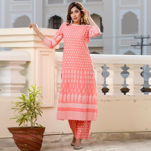 Pink Colored Casual Wear Floral Print Knee Length Cotton Kurti-Palazzo Set