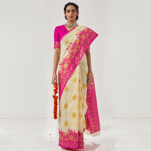 Amazing Cream - Pink Colored Festive Wear Woven Soft Silk Saree