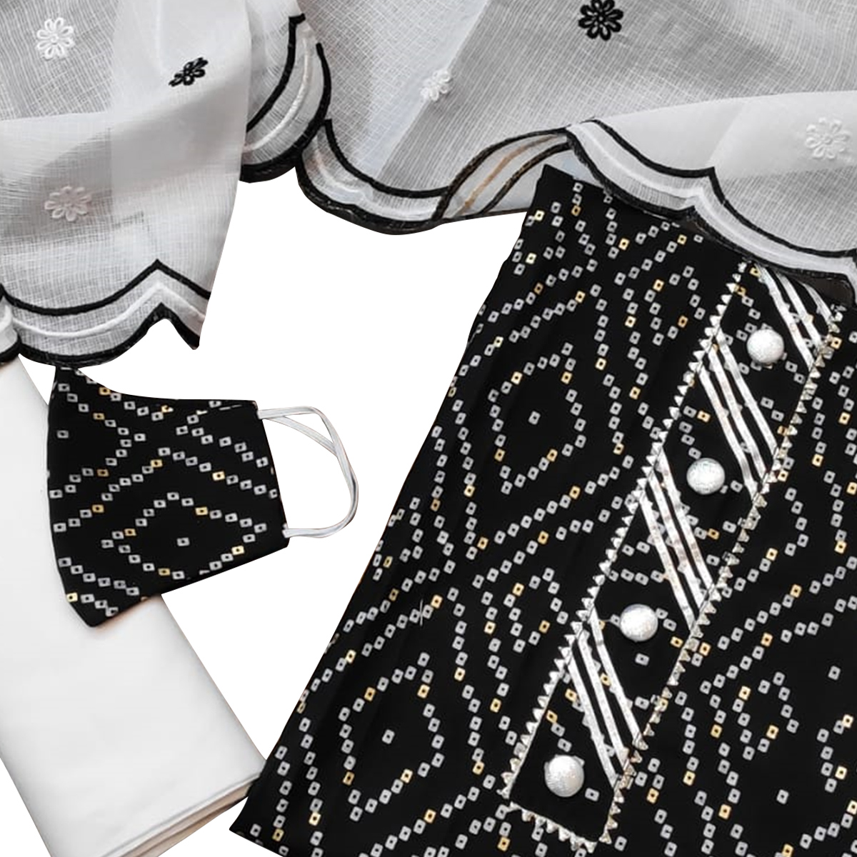 Staring Black Colored Partywear Printed Cotton Dress Material