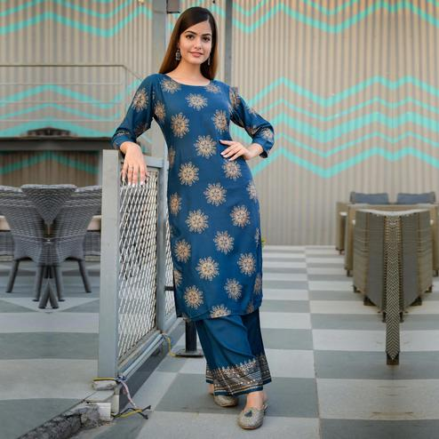 Zyla - Teal Blue Colored Casual Block Print Rayon Kurti Palazzo Set