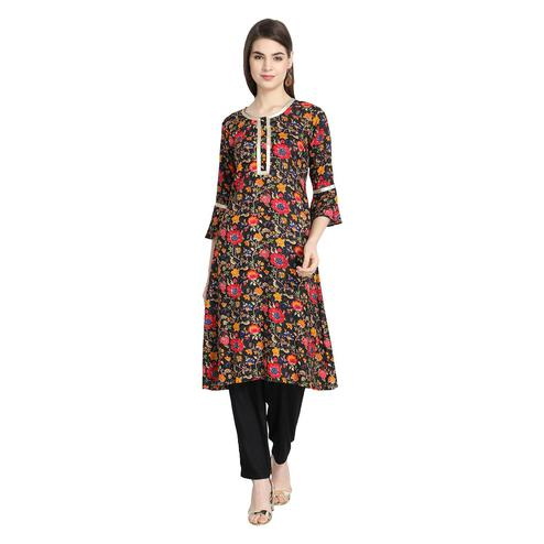 Elegant Black Colored Casual Wear Printed Straight Rayon Kurti