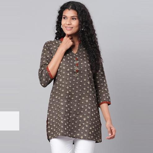 Myshka - Women's Brown Printed 3/4 Sleeve V Neck Casual Cotton Top