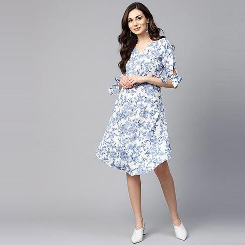 Myshka - Women's Blue Printed Regular Sleeves V - Neck Casual Polyester Kurti