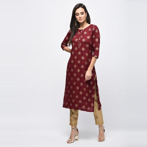 Myshka - Women's Maroon Printed Regular Sleeves Round Neck Casual Rayon Kurti