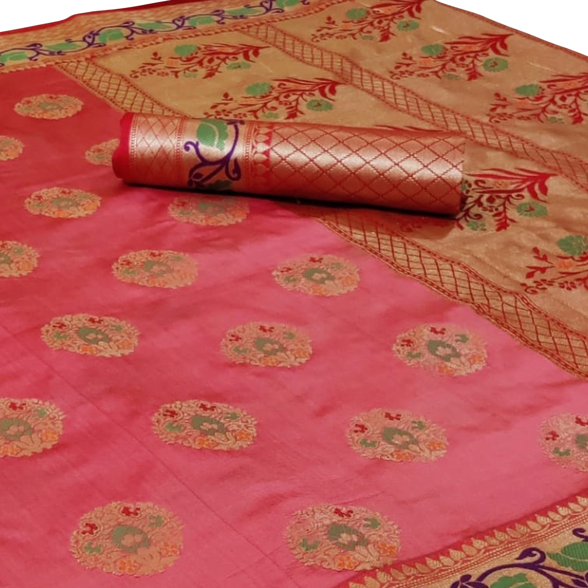 Mesmeric Pink Colored Festive Wear Woven Silk Saree