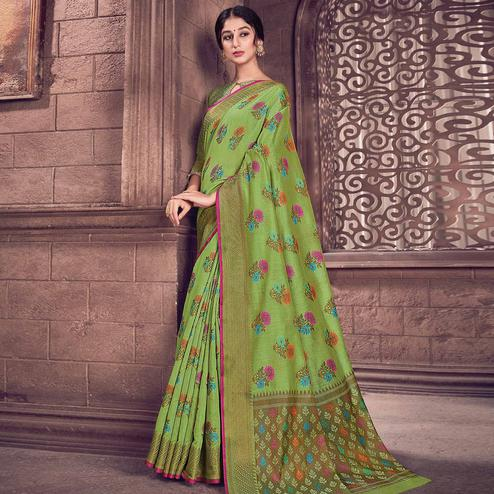 Pretty Green Colored Festive Wear Woven Handloom Silk Saree