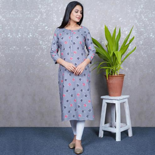 Aariya Designs - Grey Colored Casual Wear Geometric Printed Rayon Kurti