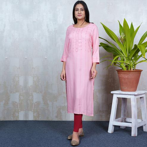 Aariya Designs - Pink Colored Casual Wear Geometric Printed Rayon Kurti