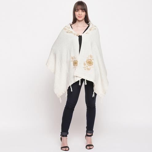 HK Colors Of Fashion - Off White Colored Casual Woolen Shrug