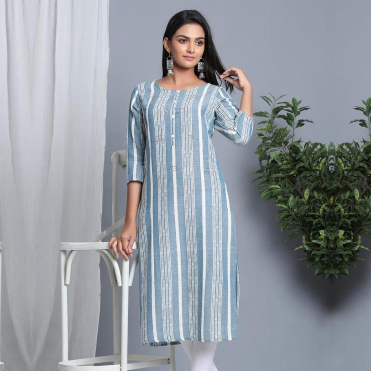 Aariya Designs - Grey Colored Casual Wear Stripe Print Cotton Kurti