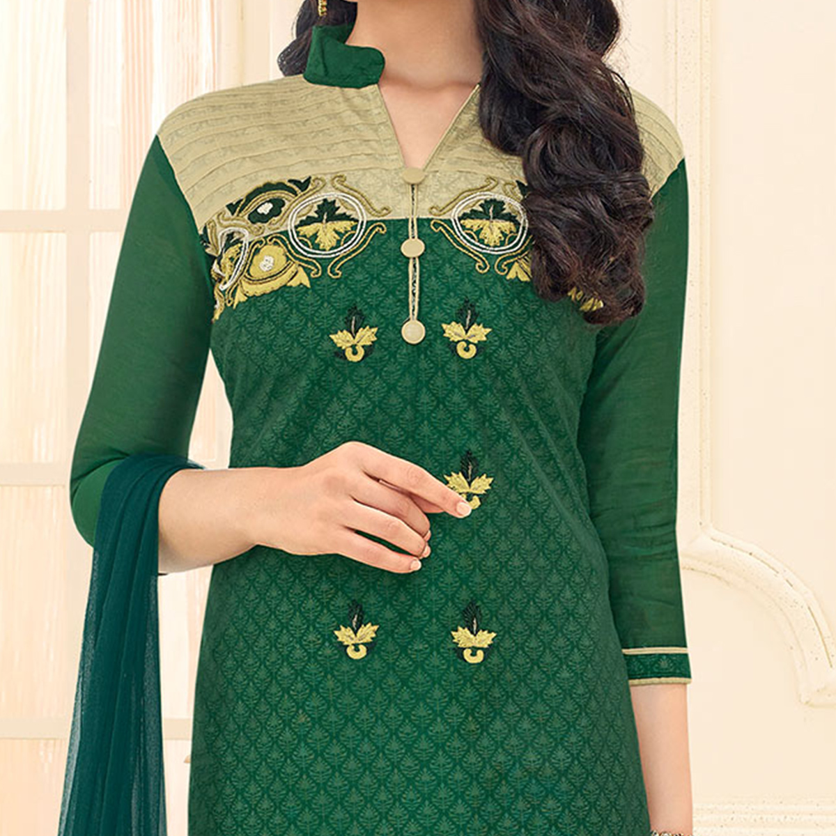 Green Embroidered Straigth Cut Chanderi Suit