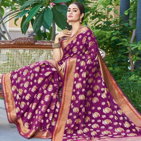 Demanding Purple Colored Festive Wear Woven Handloom Silk Saree