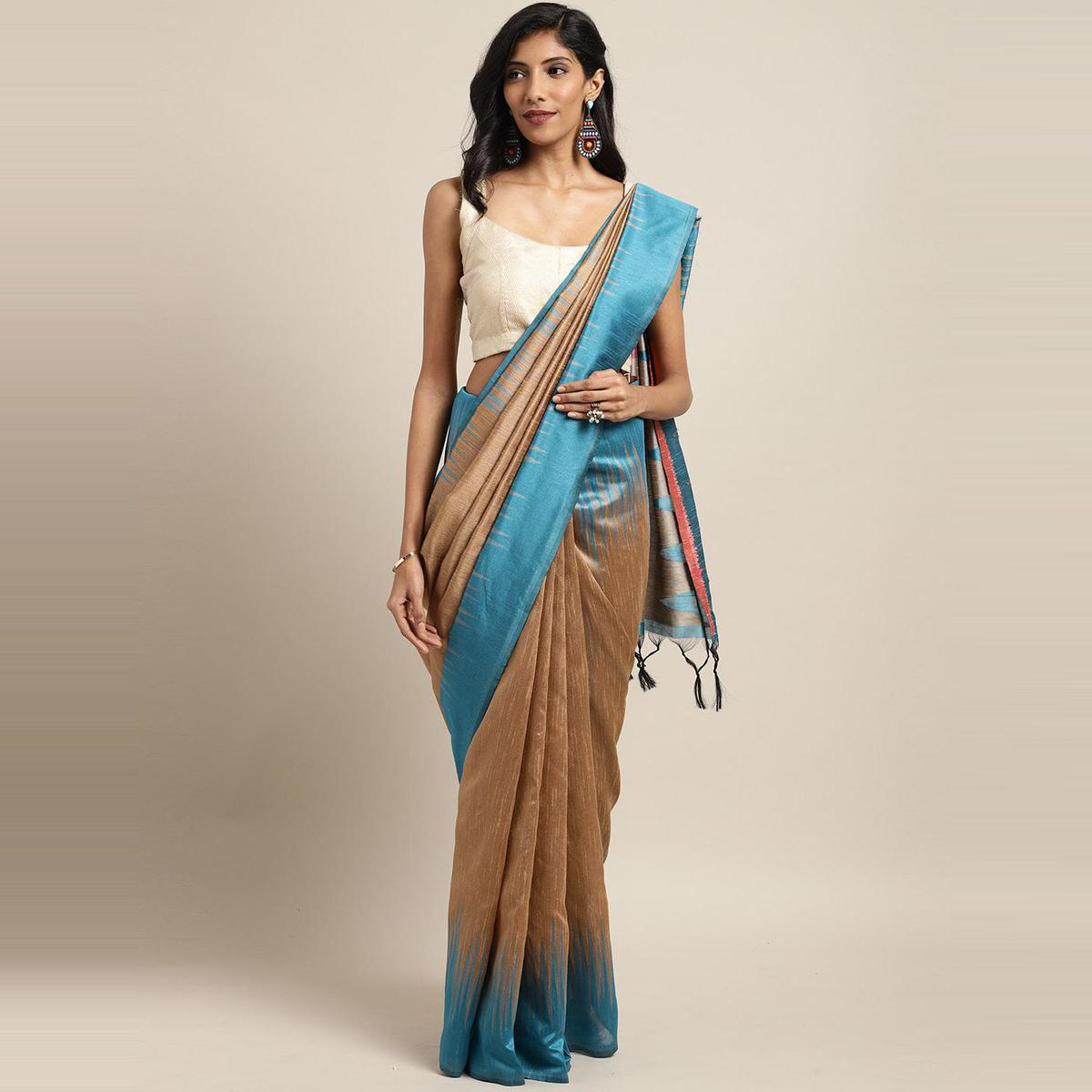 Stylee Lifestyle - Beige Colored Festive Wear Woven Silk Saree With Tassels