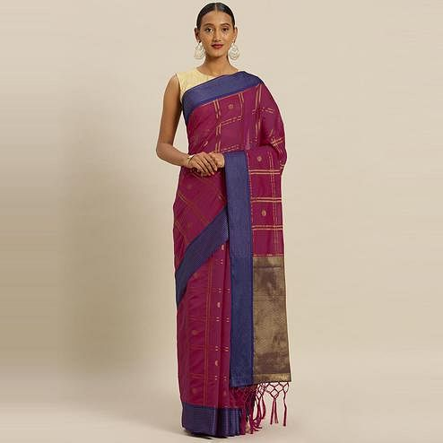Stylee Lifestyle - Magenta Pink Colored Festive Wear Woven Banarasi Silk Saree With Tassels