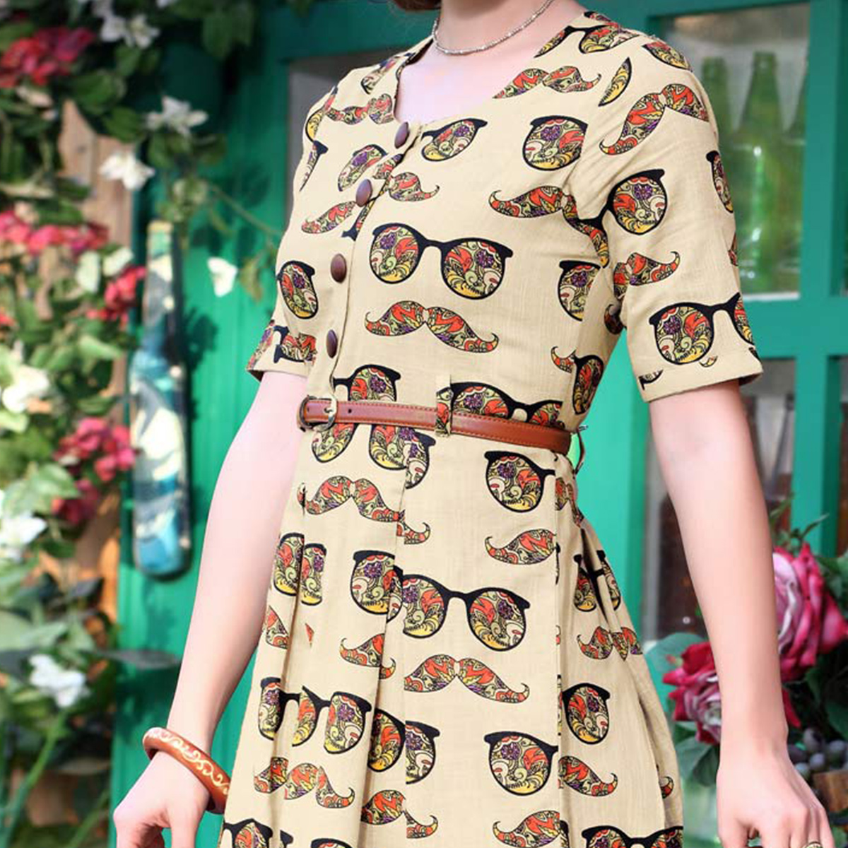 Trendy Beige Designer Printed Cotton Kurti With Complimentary Purse