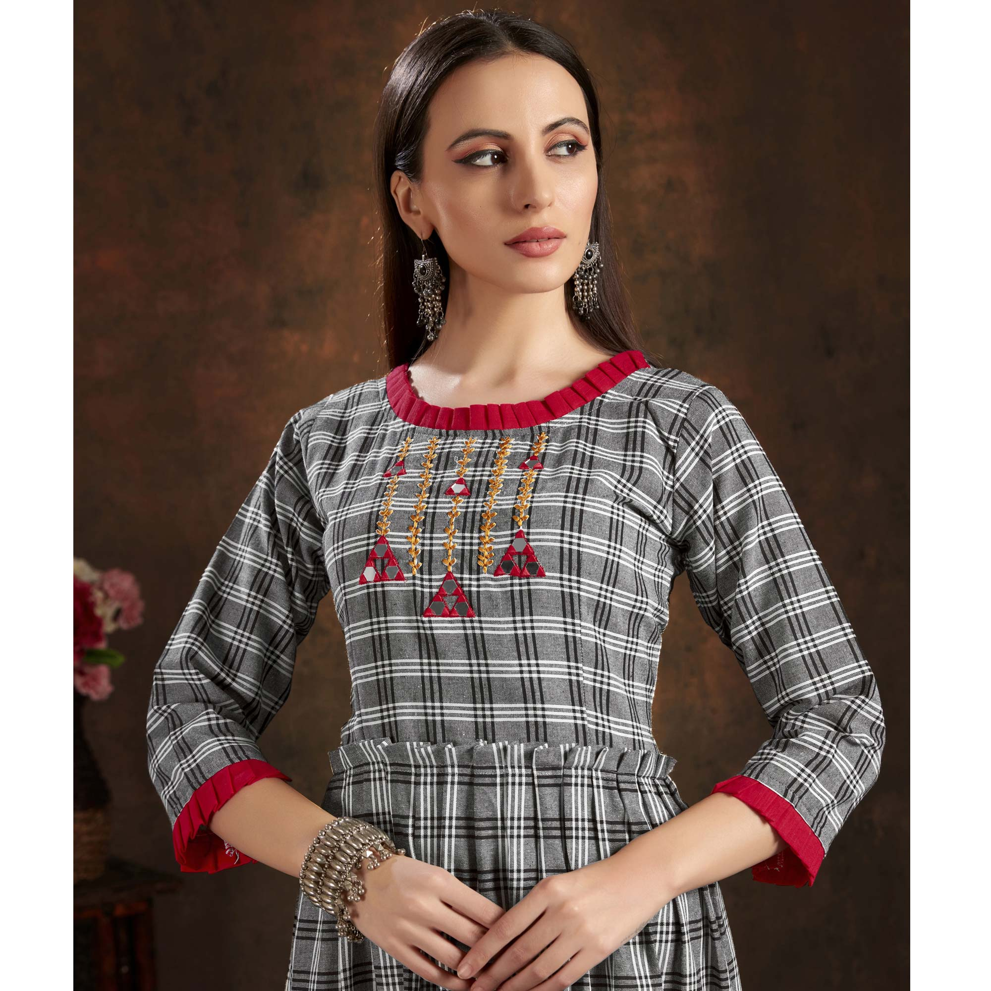 Pretty Grey Colored Casual Printed Hand Embroidered Hand Embroidered Pure Cotton Kurti