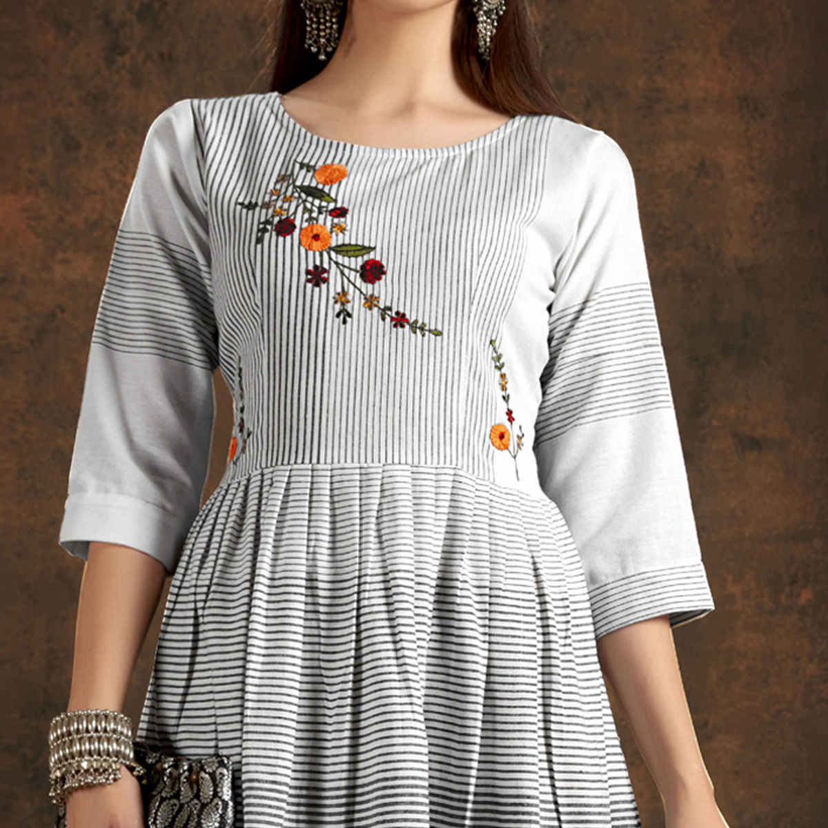 Alluring Light Grey Colored Casual Printed Hand Embroidered Pure Cotton Kurti