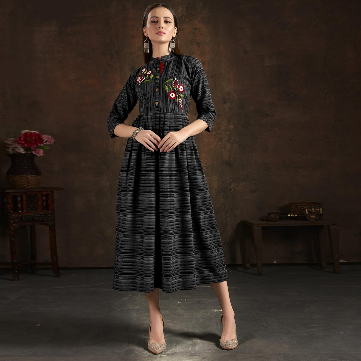 Stunning Black Colored Casual Printed Hand Embroidered Pure Cotton Kurti