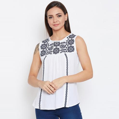 Aarudi Fashion - Women's White Colored Abstract Embroidered Sleeveless Rayon Top